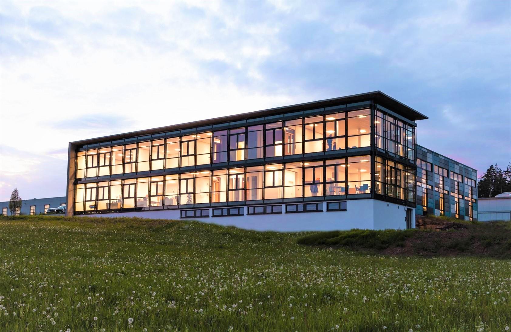 Modern mit viel Platz! Großzügige Büroräume  in bestehendem Gewerbeobjekt