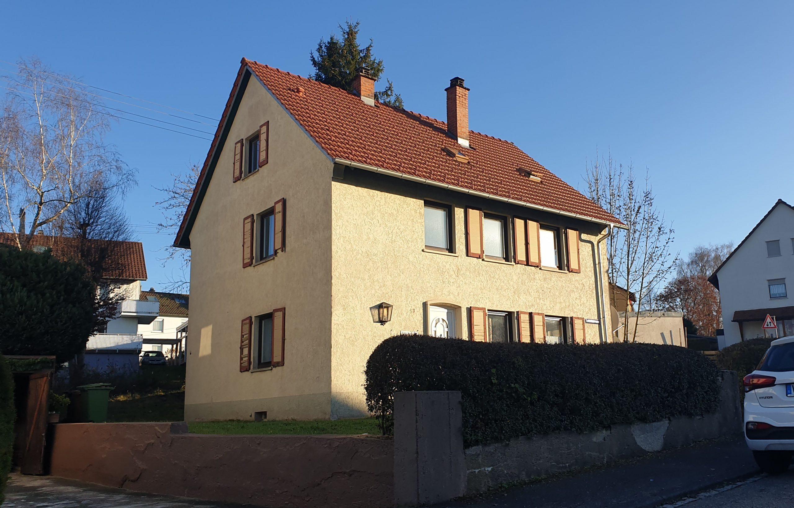 """Freist. 2-Familienwohnhaus Wohngebiet """"Frühlingshalde"""" in VS-Schwenningen"""
